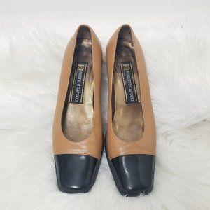 Roberto Capucci | Cap Toe Black Tan Classic Heels